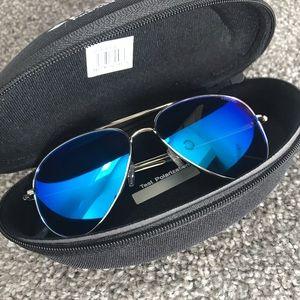 NWT Polaroid Aviator Sunglasses